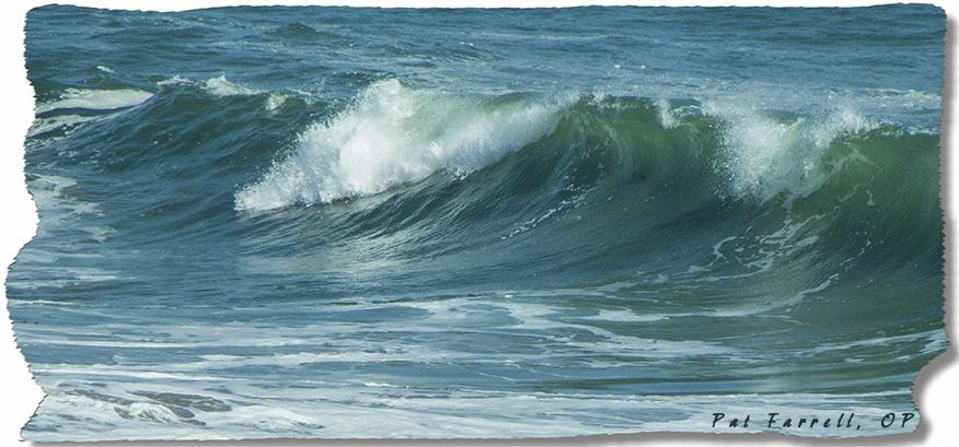 Lips of breaking waves
